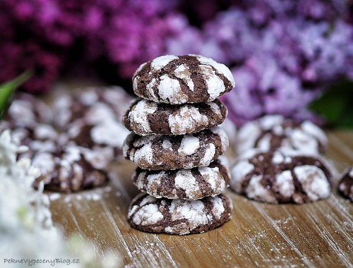 kakaové crinkle cookies