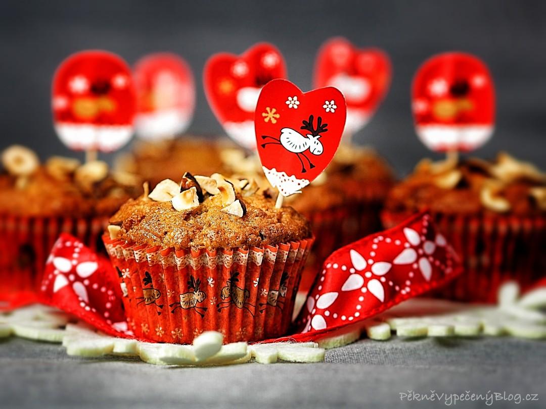 Špaldové muffiny s lískovými ořechy