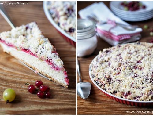 Kynutý koláč s tvarohem, angreštem a rybízem