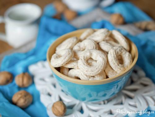 Ořechové kroužky (pusinky)