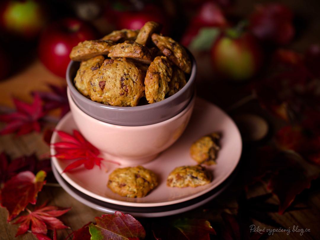 cookies s čokoládou a jablky